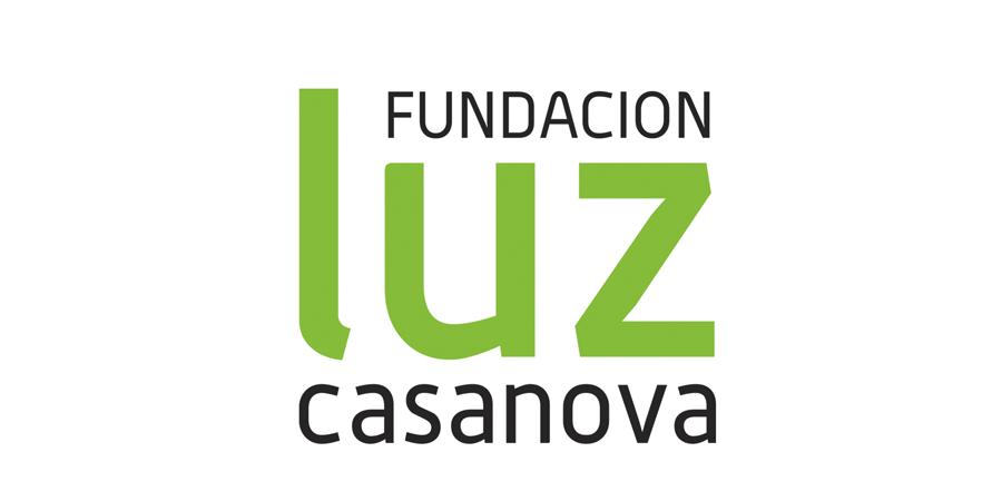 Logotipo de Fundacion Luz Casanova